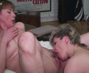 Two mature ass and hairy pussy