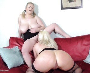 Old and young lesbians hottest